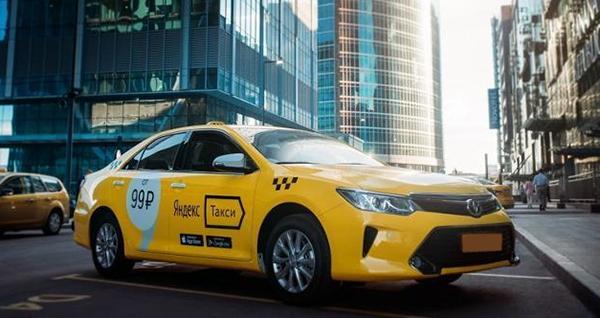 выгодно ли работать в такси на арендной машине
