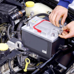 Как заряжать необслуживаемый аккумулятор автомобиля зарядным устройством